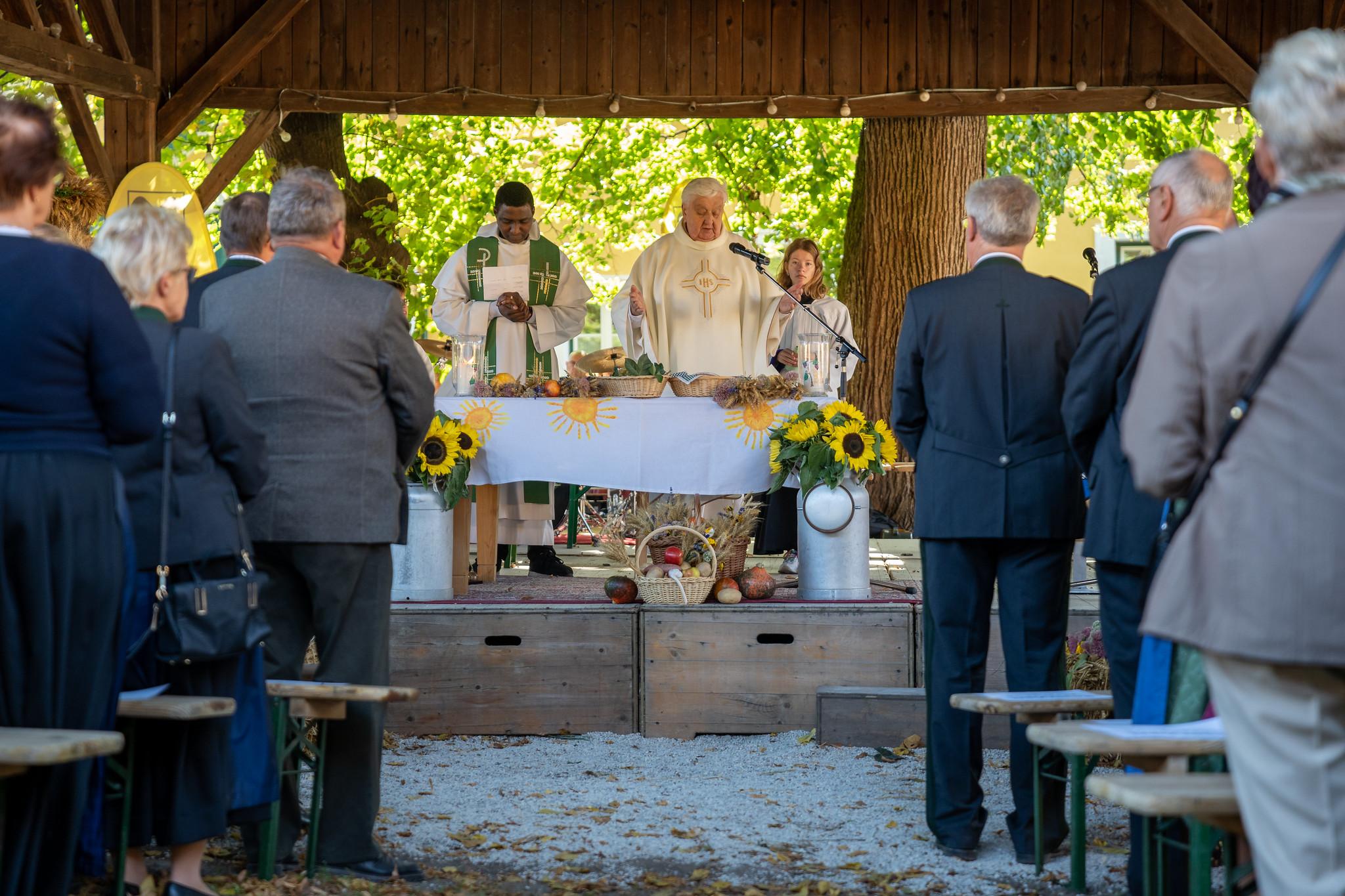 Messe bei Bezirkserntedankfest 2019